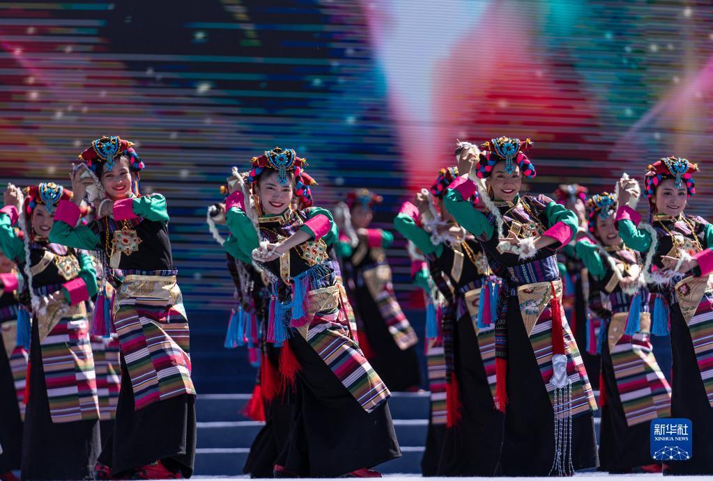 2021雅礱文化旅遊節在西藏山南開幕(圖)