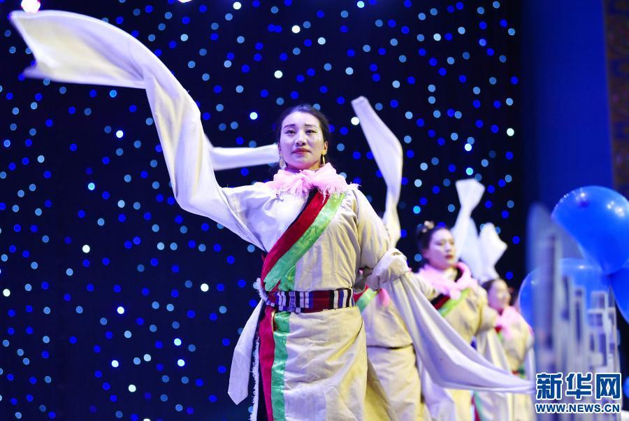 西藏那曲舉行高校畢業生創業大賽(圖)
