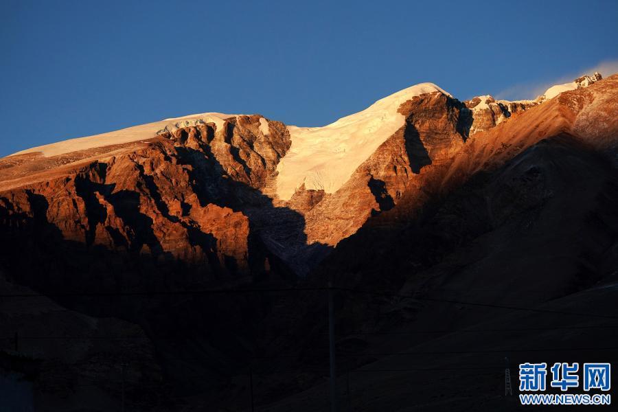 """走進""""世界屋脊的屋脊""""西藏阿裏(圖)"""