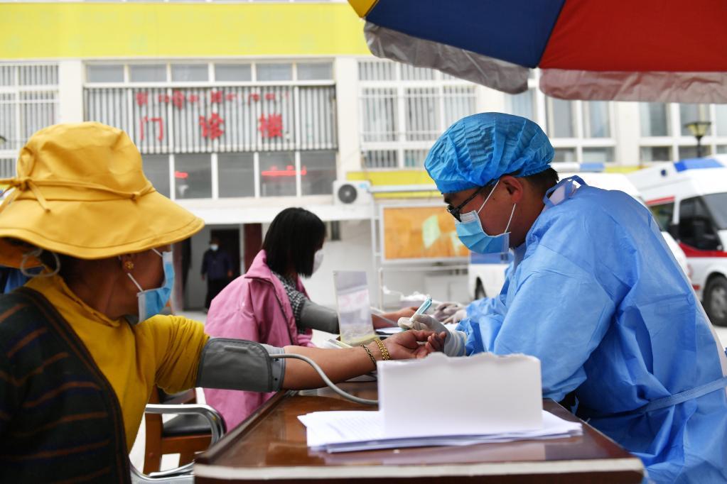 西藏阿裏邊境縣新冠疫苗接種有序進行
